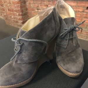 Blue/gray suede wedge booties